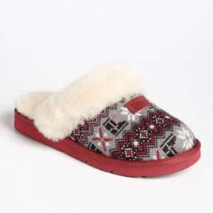 UGG | Slippers | Red, Gray & Black Knit